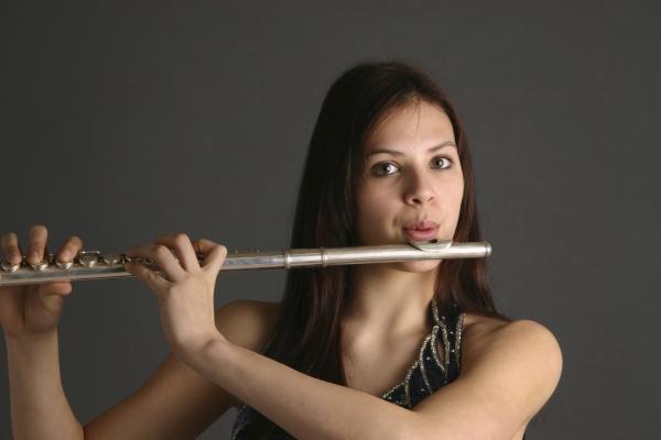 flute student