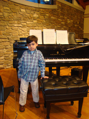 William by Piano.small resized 600